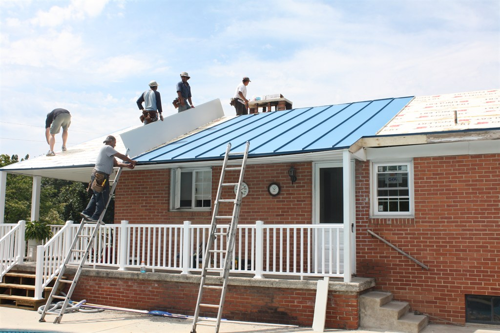 Total Home Makeover: Standing Seam Roof, Windows, Siding, & Gutters