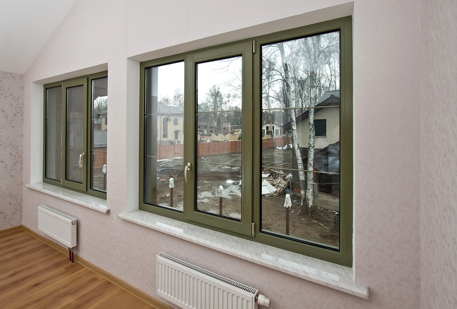 Replacement Windows: Vinyl vs Fibreglass – Which is Best?