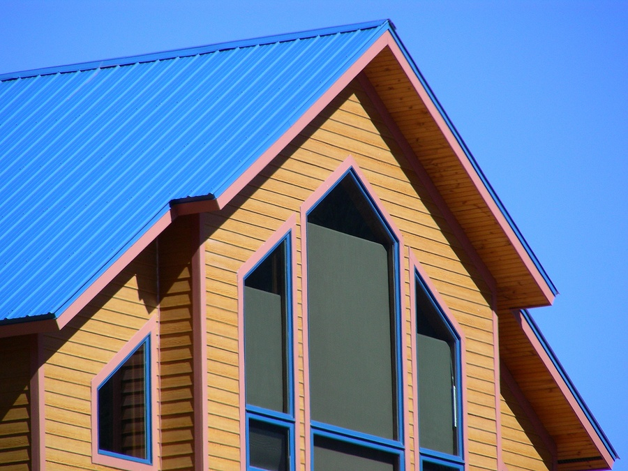 What is The Life Expectancy of a Metal Roof Vs Shingle Roof?