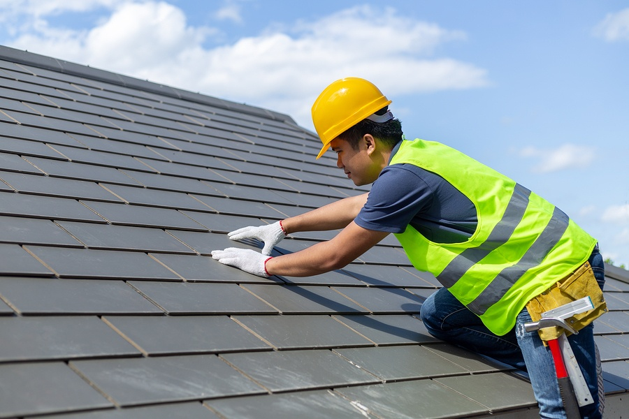 Make Sure You Know the Do's and Don'ts of Hiring a Roofing Contractor