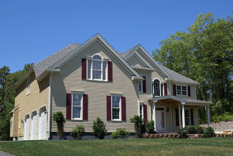 Is Vinyl Siding the Right Choice for Homes in Maryland and Virginia?